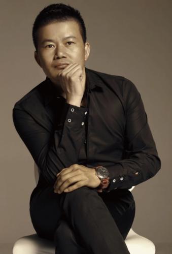 "cfw服装设计网 资讯 名人大师 > 吴青青:为apec领导人设计""新中装""的"