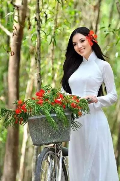 越南式旗袍 奥黛