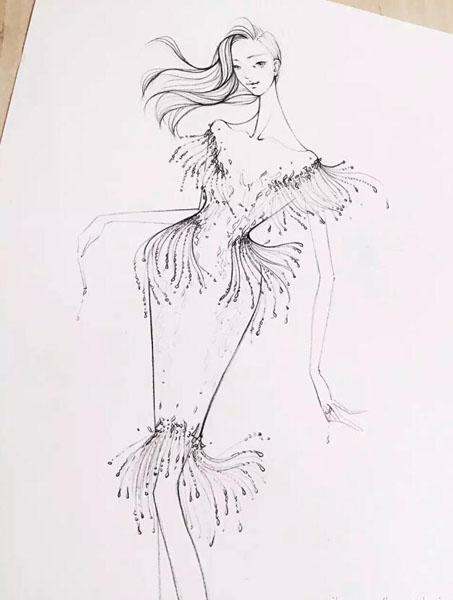 潮流搭配设计大赛     在设计师兰玉的字典里,礼服并不止是美丽的衣服