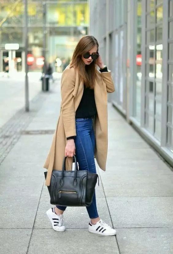 大衣+牛仔裤是冬天的经典搭配,但你真的会吗?