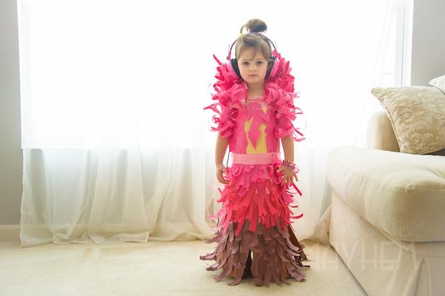这个女孩子,长大还得了?-服装设计管理-服装设计网