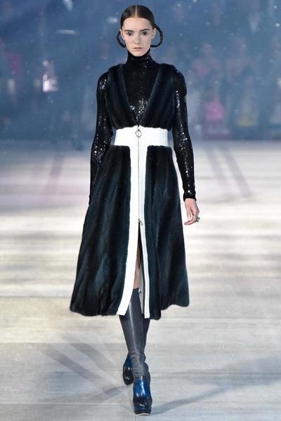 dior !东京与巴黎的半世纪之约-服装t台秀场-服装设计