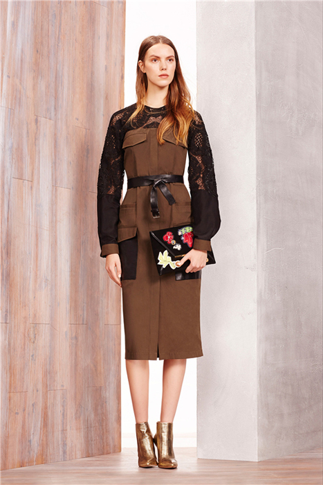 cfw服装设计网 资讯 品牌新品 > 波西米亚风格的bcbg max azria2015