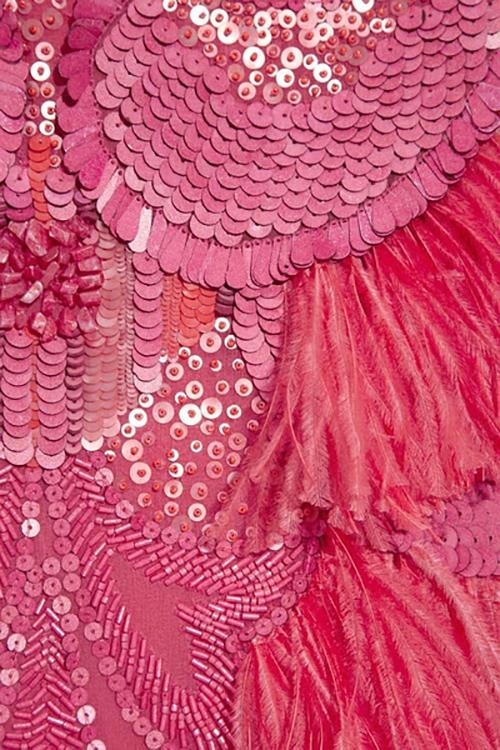 服装面料再造论+�_这是小编自己收集的-面料再造(肌理)-服装设计新闻