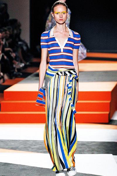 今季时尚趋势:缤纷的彩虹条纹