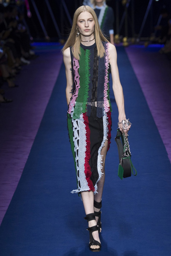 米兰服装设计_米兰服装设计学院