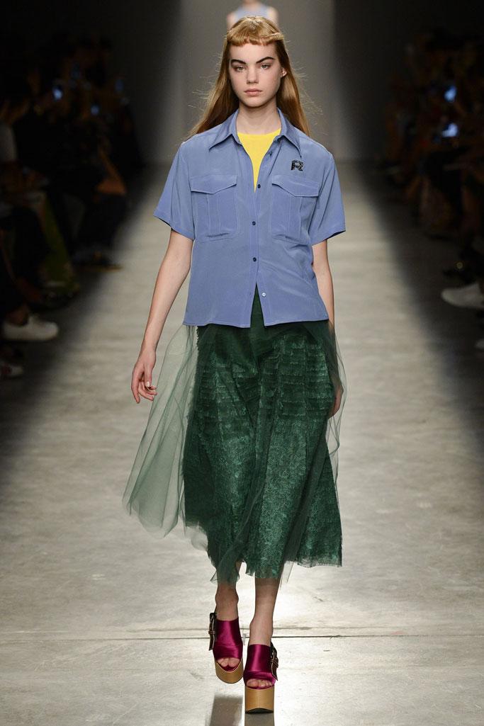 巴黎2017春夏系列时装秀-服装时装周-服装图片