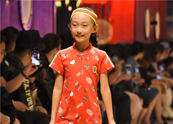 上海儿童时尚周特步kids
