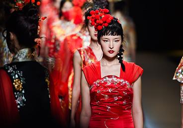 广东时装周丨传统服饰•时尚演绎 小茹裙褂新品发布