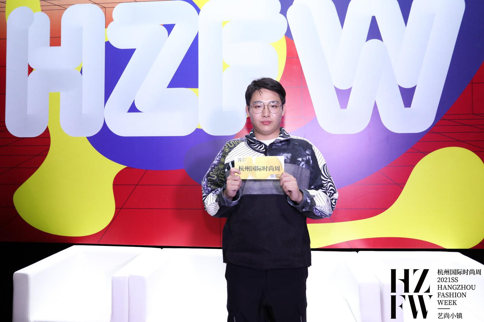 2021ss杭州国际时尚周|CFW时尚专访-JUN君设计设计师陈康