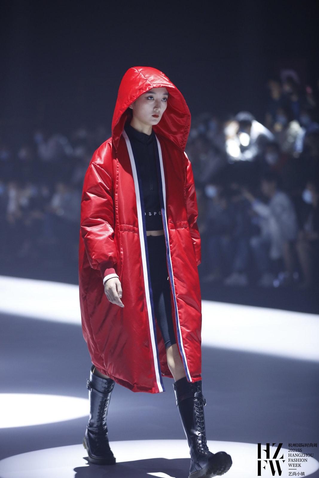 """时尚战""""疫""""·苏醒—铌采纺织时尚发布"""