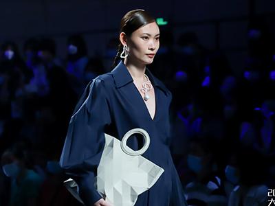 广州市广播电视大学纺织服装分校服装设计毕业作品展演