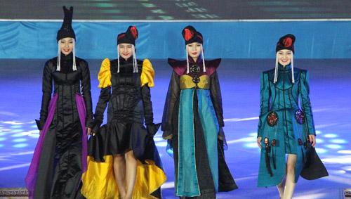 第十届中国蒙古族服装服饰大赛落幕图片