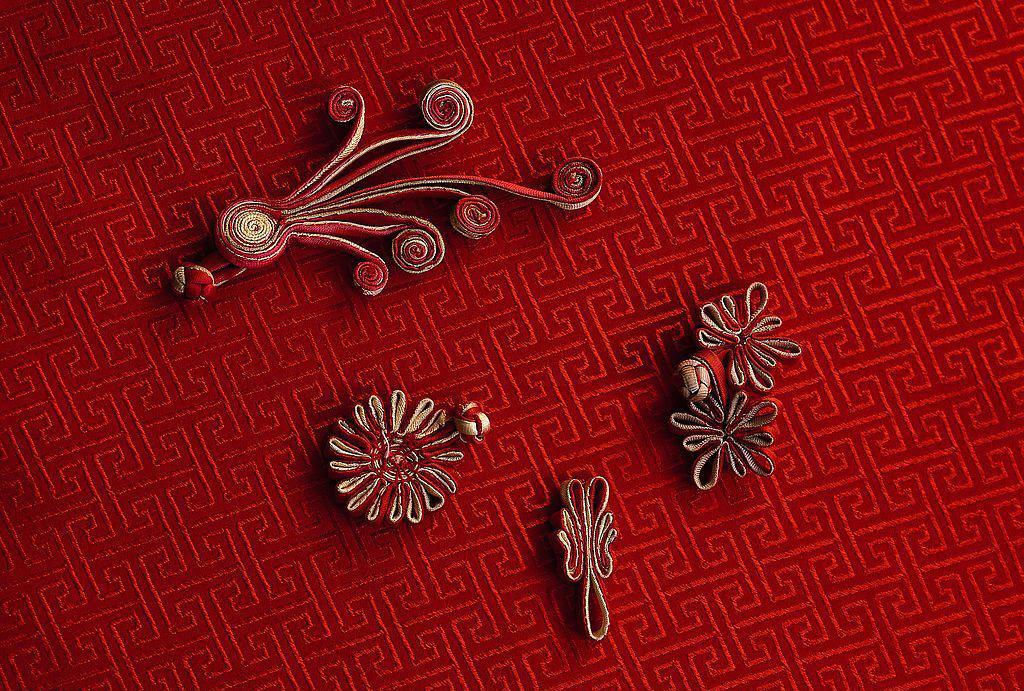 中国传统服饰纹样传统文化-服装服饰文化-中国服装
